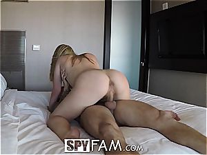Bratty stepsister is thirsty for bro's sausage